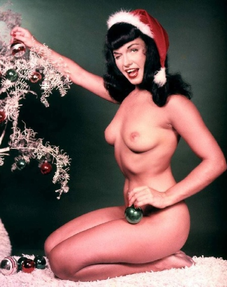 bettie-page-christmas